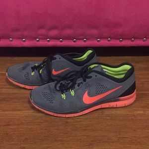 Nike Shoes - Nike - Free TR Fit 5